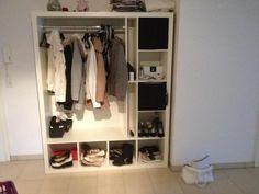 Novh eine tolle idee f r eine garderobe ikea hack using for Garderobe idee