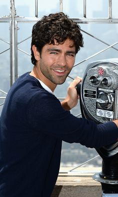 'Entourage' star Adrian Grenier on Vince: 'My real life isn't as exciting'