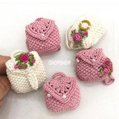 9 Tips for knitting – By Zazok Thread Crochet, Crochet Doilies, Crochet Hooks, Knit Crochet, Crochet Purse Patterns, Crochet Purses, Crochet Backpack, Crochet Barbie Clothes, Yarn Tail