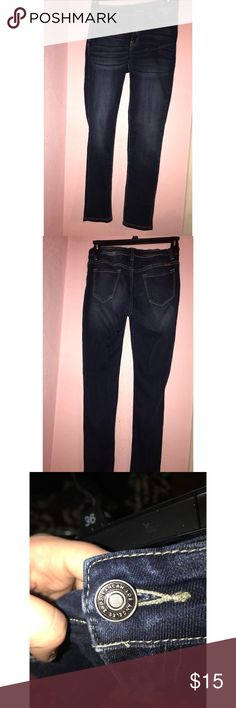 Kan Can Highwaisted dark wash jeans KanCan brand. Size 29. They offer a good amount of stretch. They're in excellent condition. Buckle Jeans Skinny
