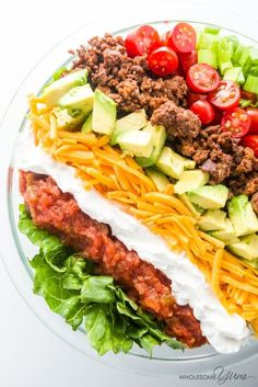 Easy Taco Salad (Low Carb, Gluten-free) - This easy low carb salad is like a beef taco in a bowl. Just 10 ingredients and ready in 20 minutes!