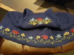 Bilde fra nett Beanie, Sweatshirts, Sweaters, Fashion, Moda, Hoodies, Beanies, Trainers, Sweater