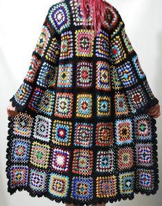 Transcendent Crochet a Solid Granny Square Ideas. Inconceivable Crochet a Solid Granny Square Ideas. Pull Crochet, Gilet Crochet, Crochet Coat, Crochet Jacket, Crochet Cardigan, Crochet Clothes, Easy Crochet, Crochet Squares, Crochet Granny
