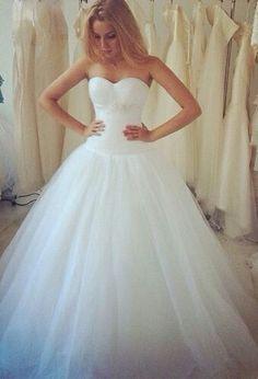 53 best Dream wedding images on Pinterest   Dream wedding dresses ...