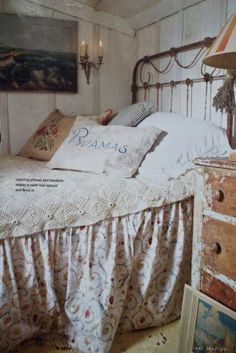 ♥ the old iron headboard and old chest of drawers