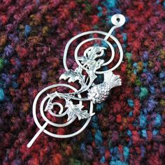 Scottish Shawl Pin inspired by Outlander by MichellesAssortment Outlander, Tartan, Scottish Thistle, Celtic Art, Fantasy Jewelry, Jewelry Making, Etsy, Thistles, Gifts