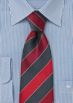 Krawatte Streifen kirschrot grau