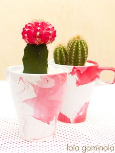 Taza   pintauñas = maceta DIY Diy, Tableware, Bonbon, Crochet Baby, Notebooks, Hipster Stuff, Dinnerware, Bricolage, Dishes