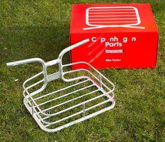 CopenhagenParts Bike Porter and its box. Hello!
