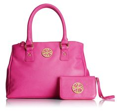 We love the new Signature Collection Sabrina Bag & Wristlet for Spring! Both feature the monogram, a symbol of our heritage that we brought back after nearly 40 years in the Avon archive. Avon Bags, Beauty Giveaway, Pink Handbags, Popular Bags, Signature Collection, Little Bag, Michael Kors Hamilton, Cover Photos, Pretty In Pink