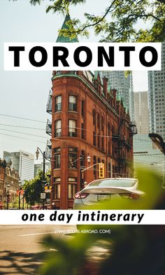 One day in Toronto jampacked itinerary highlighting the top attractions and offbeat activities from morning to night. Toronto guide for all seasons Alberta Canada, Canada Travel, Travel Usa, Backpacking Canada, Vancouver, Travel Guides, Travel Tips, Canada Destinations, Vacation Destinations