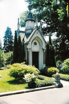 Mausoleum Very well maintained. Cave Hill Cemetery, Louisville, Kentucky.