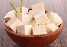 How to Flavor Tofu Like Chicken - Tofu Rezepte Nutrition Classes, Nutrition Guide, Comfort Food, Nutritional Supplements, Mcdonalds, Camembert Cheese, Dairy, Health Fitness, Apple
