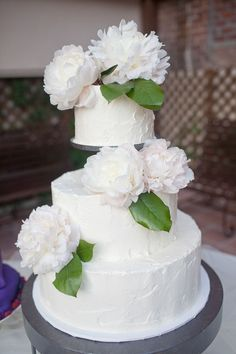 stunning wedding cakes | Stunning Wedding Cake & Cupcake Ideas / San Juan Capistrano Wedding ...
