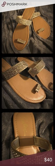 ✨Gold Tory Sandals✨ ✨Gold Rhinestone Solanz Tory Sandals✨ Size 6M✨ Like New!✨Never worn✨Beautiful, just not my size✨Gold straps with rhinestones✨Tan pleather soles✨No Flaws✨No missing rhinestones✨Clean &Ready to Ship📦 Add to a bundle🛍 Always Open to Offers🤗✨ Shoes Sandals