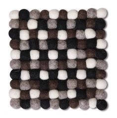 Woolen felted ball table mat.