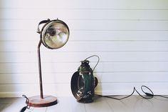 hotel mama: Autosta lampuksi Desk Lamp, Table Lamp, Lamps, Lifestyle, Home Decor, Lightbulbs, Table Lamps, Decoration Home, Room Decor