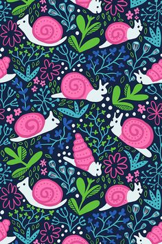 Happy snails pattern, available as a fabric at Spoonflower #snails #spoonflower #fabricdesign #surfacedesign #pattern #reapeat