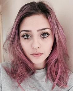 Hair is love Bad Hair, Hair Day, Hairstyles Haircuts, Pretty Hairstyles, Cabelo Rose Gold, Short Blue Hair, Pink Ombre Hair, Fantasy Hair, Dye My Hair