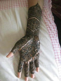 Design by ZNMD ♡ Arabian Mehndi Design, Mehndi Desing, Dulhan Mehndi Designs, Modern Mehndi Designs, Bridal Henna Designs, Mehndi Design Pictures, Beautiful Mehndi Design, Latest Mehndi Designs, Mehndi Designs For Hands