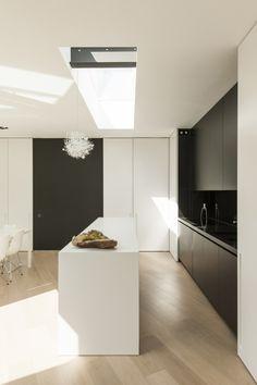 wit/zwart keuken ev werkblad nog zwart