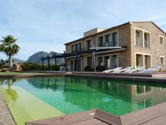 This recently renovated luxury villa is situated on a plot of and only 100 metres away from the water and the bays and beaches of Colonia de Sant Pere in Artà, Mallorca Luxury Villa, Location, Real Estate, Bays, Mansions, House Styles, Water, Beaches, Outdoor Decor