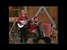 Alpen Tirol I hab das Schlusserl zu dei'm Herz'n heimatmelodie 1992 - YouTube Youtube, Music Instruments, Alps, Heart, Musical Instruments, Youtubers, Youtube Movies