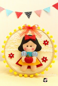 Quadrinho bastidor Branca de Neve ✿ by Ei menina! - Erica Catarina, via Flickr