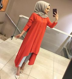 Newest Images Business Outfit hijab Ideas, Women's Ethnic Fashion, Modern Hijab Fashion, Modesty Fashion, Abaya Fashion, Fashion Outfits, Indian Designer Outfits, Designer Dresses, Long Shirt Outfits, Hijab Style Tutorial