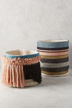 Slide View: 3: Tasseled Pera Basket