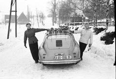 Bilder aus alten Tagen: Gemeinsam mit Frauen an ihrer Seite reisten die...