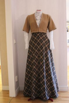 century Edwardian – Fashion Through Herstory Women's Dresses, Women's Fashion Dresses, Vintage Dresses, Vintage Outfits, 1950s Dresses, Flapper Dresses, Dressy Dresses, Edwardian Clothing, Edwardian Dress