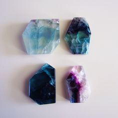 hippie boho indie peaceful peace hippy crystals chakra healing Gemstones fluorite healing crystals crystal healing self healing natures-queen Crystals And Gemstones, Stones And Crystals, Gem Stones, Pale Tumblr, Little Presents, Head Shop, Mineral Stone, Crystal Grid, Rocks And Gems