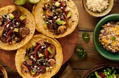 Cook up Knorr's delicious Vegetable Tacos recipe made with Knorr® Selects Vegetable Bouillon, fresh vegetables, spices and more. Vegetable Taco Recipe, Grilled Vegetable Sandwich, The Pioneer Woman, Salsa Verde, Tacos, Tortillas, Healthy Eating Recipes, Cooking Recipes, Knorr Spinach Dip