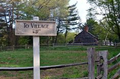 One of the oldest and largest living history museums in the country, Old Sturbridge Village in Massachusetts offers up a spirited dose of New England life. Sturbridge Village, Historic New England, Tourist Trap, History Museum, Massachusetts, 21st Century, Old Things, Farmhouse, Amusement Parks