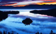 Just wow RT @TahoeSouth: RT @CaliforniaPicz: A stunning sunrise over #LakeTahoe, California. photo: Dmitri Fomin