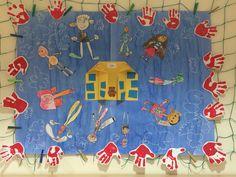 Třídní vlajka - všichni jsme tu kamarádi! Kindergarten, Flag, Bulletin Boards, Decoration, Decorating, Bulletin Board, Dekorasyon, Science, Deko