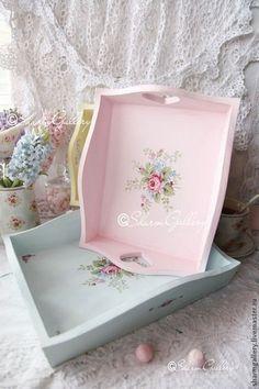 Pastel shabby chic trays #floraldecor #shabbychickitchen #pretty