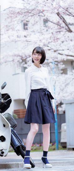 the girl not naked School Uniform Girls, Girls Uniforms, Japanese Beauty, Asian Beauty, Japan Girl, Girl Fashion, Womens Fashion, Girl Poses, Beautiful Asian Girls