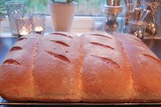 HEGEMOR.COM: Hjemmebakt brød - aldri feil! Food And Drink, Baking, Decor, Decoration, Bakken, Bread, Backen, Decorating, Deco