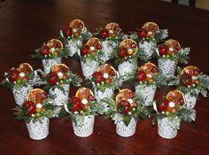 Znalezione obrazy dla zapytania ozdoby bożonarodzeniowe z szyszek