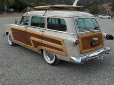 1952 Ford Country Squire Station Wagon