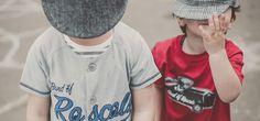 """Das junge Modelabel Band of Rascals konzentriert sich auf """"Finest Organic Kids Clothes"""", wie es in der Unterzeile des Markenlogos heißt. Seit Anfang 2014 gibt es den Online-Shop für coole Kinderklamotten. Jungs werden hier übrigens eindeutig bevorzugt, und das ist auch Sinn der Sache, wie Dirk Rosenthal erzählt."""