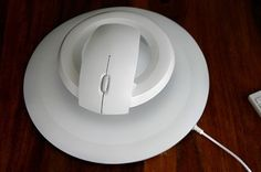 http://www.stuffchip.com/levitating-wireless-computer-mouse-bat-by-kibardindesign/