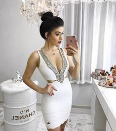 """6c7e8e9c7 ... Instagram  """"Dress incrível da  labella.botique 💛 Estou apaixonada!!! E  vocês gostaram  - - -  thelookface  linda  luxo  chic  style  inlove  uberlandia…"""