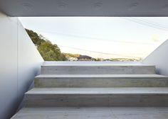 dezeen_ss-11-Cloudy-House-by-Takao-Shiotsuka.jpg (784×560)