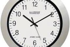 Presenta nuevo modelo de reloj atómico