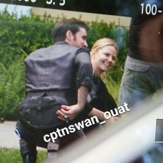 Colin O'Donoghue -Killian Jones - Captain Hook - Jennifer Morrison - Emma Swan on Once Upon A Time S6 13-7-2016