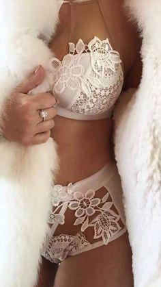 Seduction in white