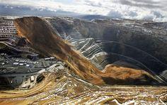 Utah copper mine suspends operations after large landslide - PhotoBlog